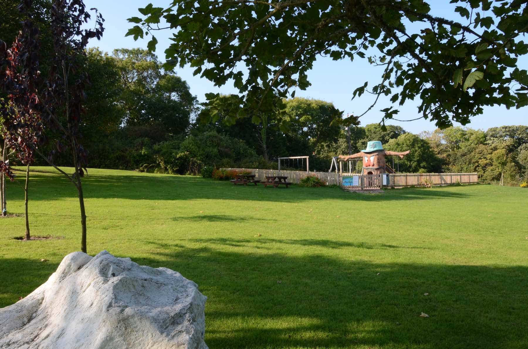 Dinas-Country-Club-Play-Area